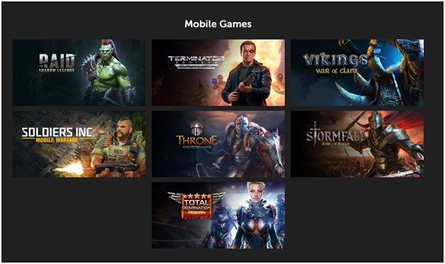 What are MMO online games?