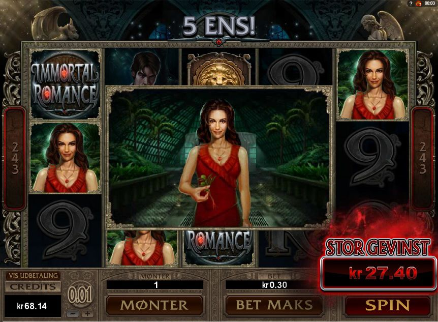 immortal romance slot feature